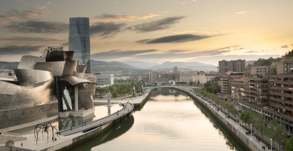 Hoteles exclusivos cerca del museo Guggenheim  Bilbao<div><br></div>